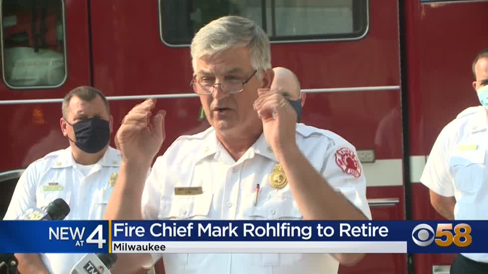 Milwaukee Fire Department Chief Mark Rohlfing announces his retirement